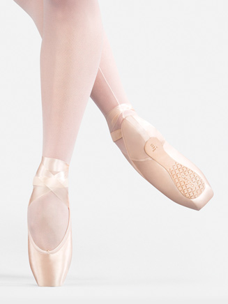 Airess Tapered Toe Pointe Shoe #5.5 Shank - Style No C1133