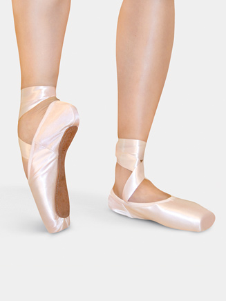 Adult 3/4 Shank Pointe Shoes - Style No Q102